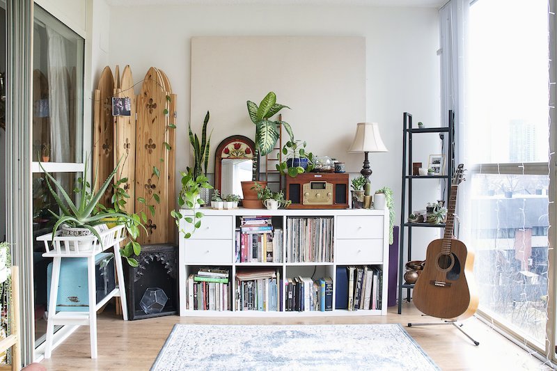 house with vintage pieces